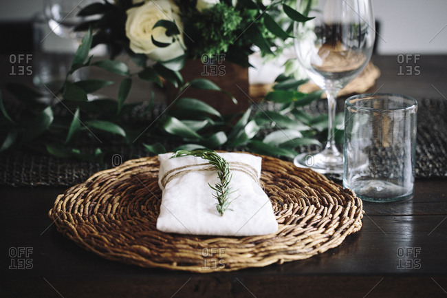 Place setting with wicker placemat