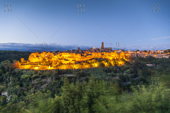 Italy, Tuscany, Pitigliano . view of the town