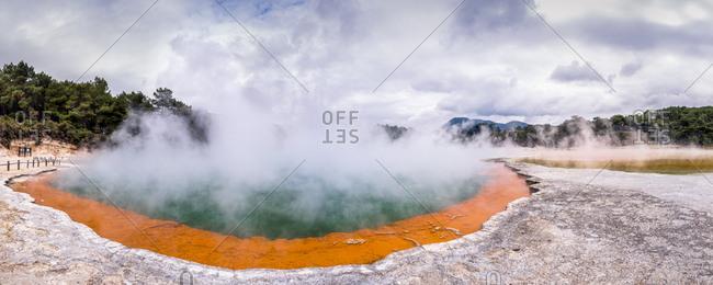 New Zealand- Rotorua- Wai-O-Tapu Thermal Wonderland- Champagne Pool