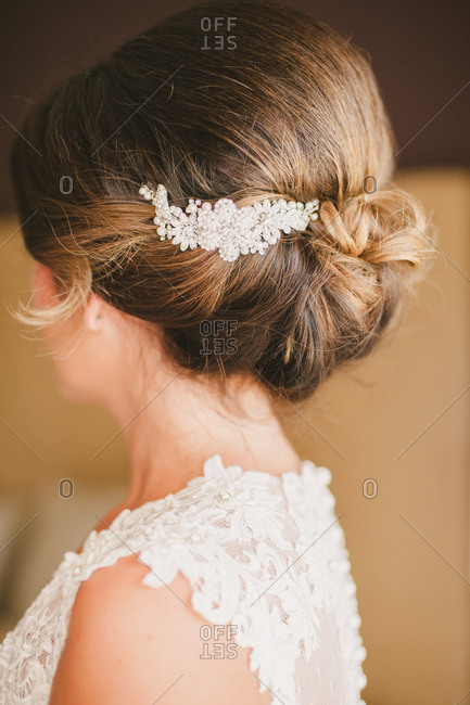 Bride with clip in her hair