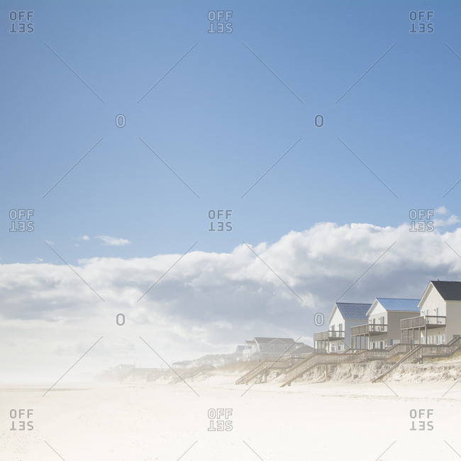USA, NC, Surf City, Topsail Beach, Cottages on beach