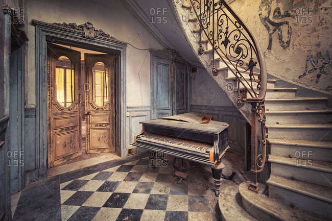 Grand piano in an abandoned villa