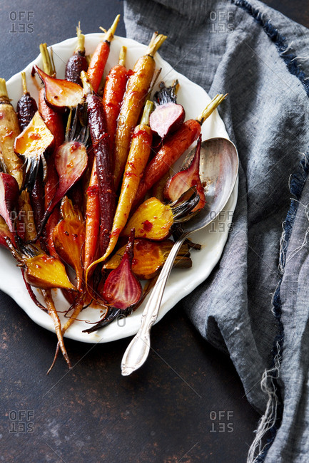 Carrots and beets with sauce