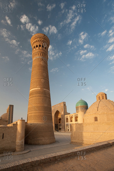 The Kalon Minaret in the late afternoon sun.