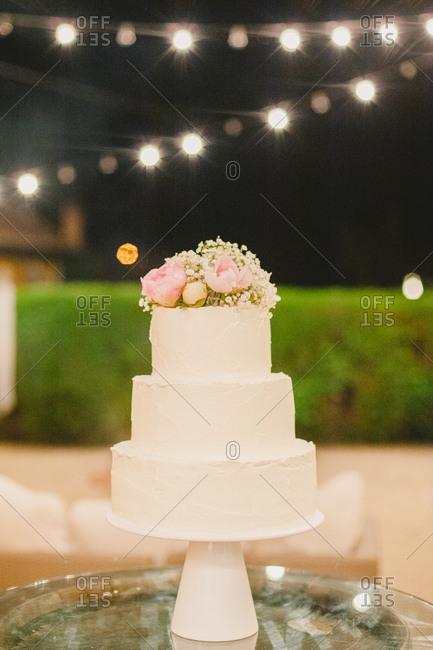 Wedding cake outdoors at night