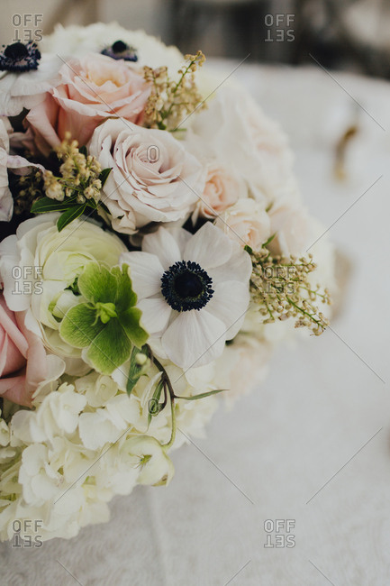 Close-up of wedding floral table centerpiece
