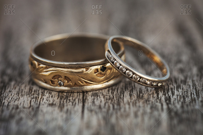 Close up of golden wedding bands