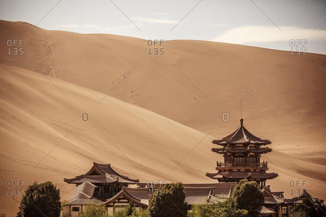 Gansu dunhuang crescent lake