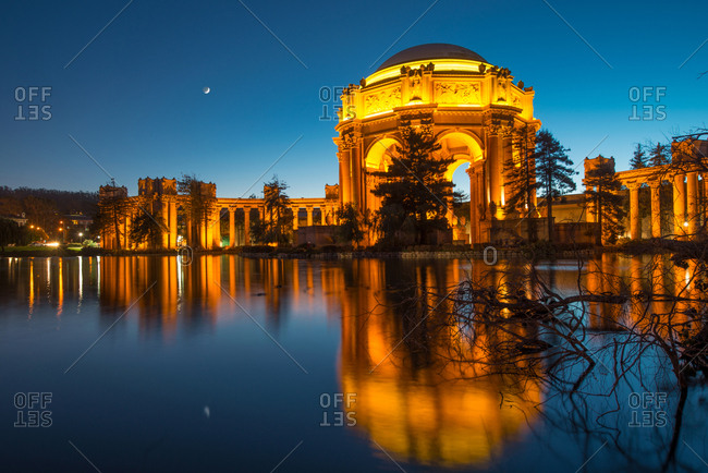 Palace of Fine Arts at night - San Francisco