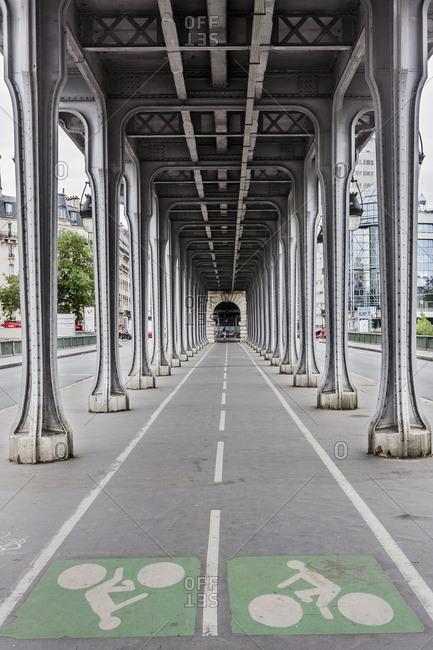 Paris France June 24 2017 Pont Bridge De Bir Hakeim