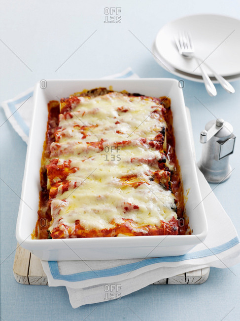 Dish of baked cannelloni