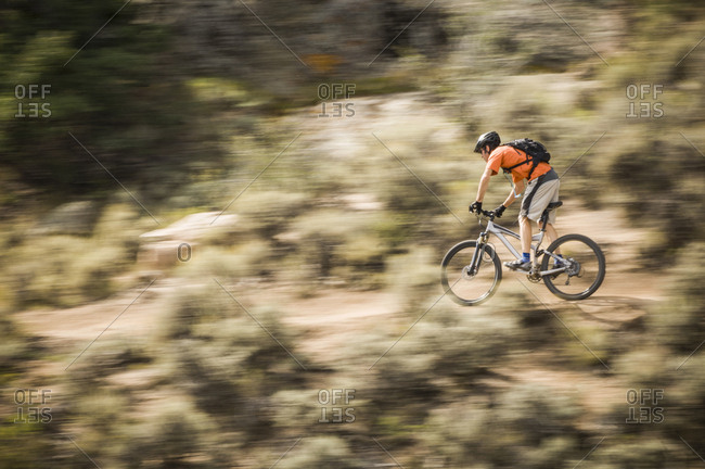 Man mountain biking on Jack's Trail at Hartman Rock Recreation Area, Gunnison, Colorado, USA