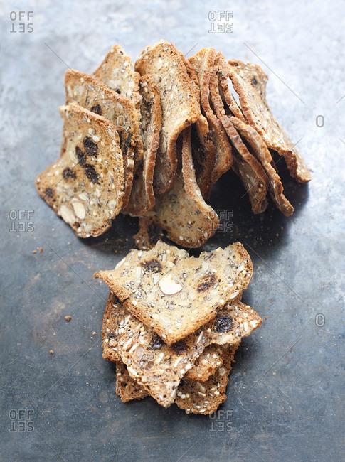 Healthy crunchy crackers