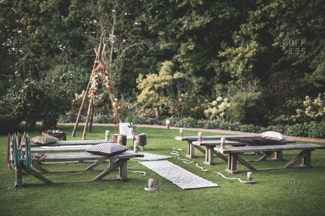 Alternative wedding, saddles and decoration with spiritual wedding outside