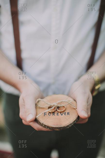 Alternative wedding, witness, wedding rings