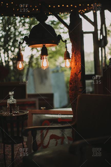 Alternative wedding, garden small house, inside, lamp, lights