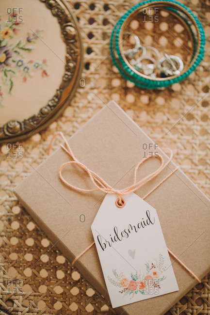 Alternative wedding, jewelry, present,