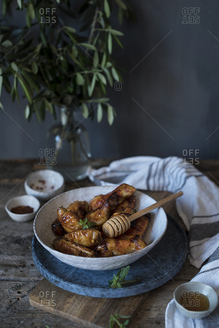 Chicken wings in barbecue sauce