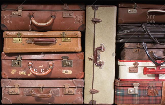 Multiple vintage suitcases - Offset Collection