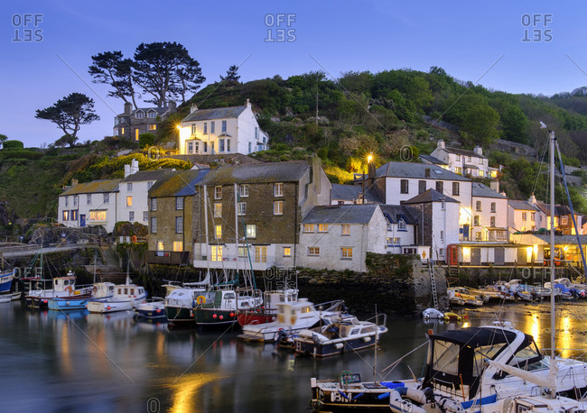 UK- England- Cornwall- Polperro- fishing harbor at dusk