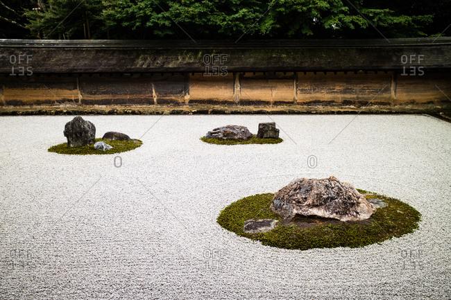 The kare-sansui (dry landscape) zen garden at Ryoanji temple, Kyoto