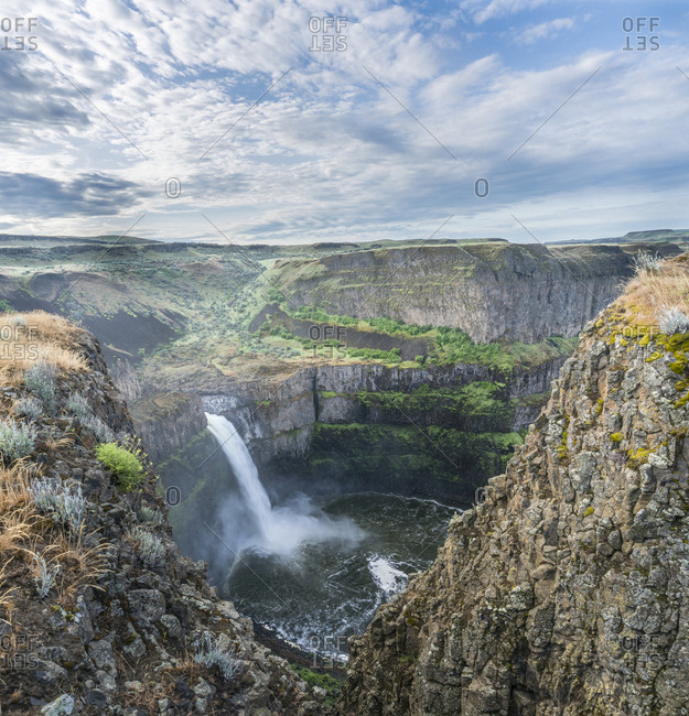 USA. Washington State. Palouse Falls in the spring, at Palouse Falls State Park