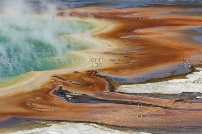 Elevated view of Grand Prismatic Spring, the largest in the U.S. and third largest in the world, Midway Geyser Basin, Yellowstone National Park (Wyoming, Montana)