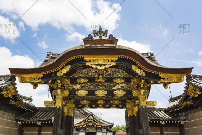 The karamon main gate to Ninomaru palace of the Nijo castle, Kyoto