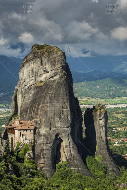 Monastery of Moni Agias Varvaras Roussanou with the spectacular massive rocky pinnacles in the background, Meteora, Thessaly, Greece