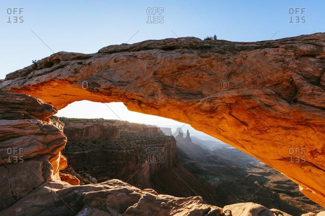 Mesa arch sunrise, Canyonlands National Park, Utah, USA