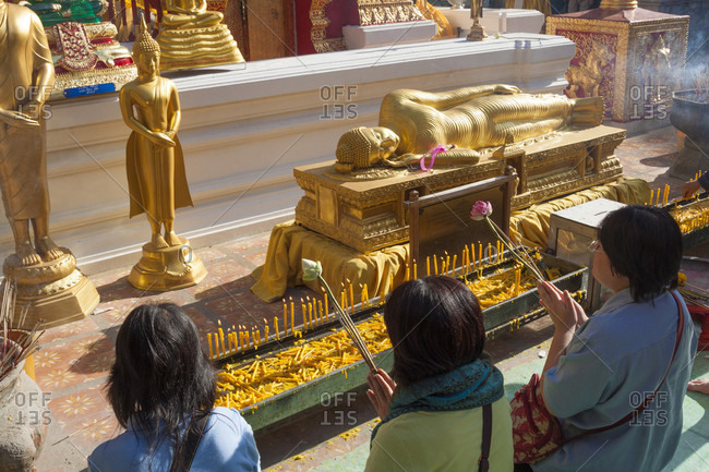 Chiang Mai, Chiang Mai Province, Thailand - January 29, 2010: Worshippers At Wat Phrathat Doi Suthep Temple In Chiang Mai, Thailand