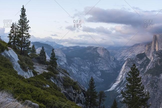 Elevated view of mountain peaks, Yosemite National Park, California, USA
