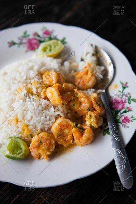 Bowl of an Ecuadorian shrimp dish with white rice
