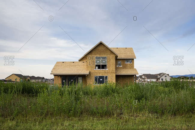 House being building in subdivision