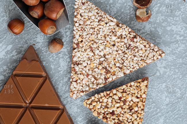 Caramel chocolate triangles with hazelnut