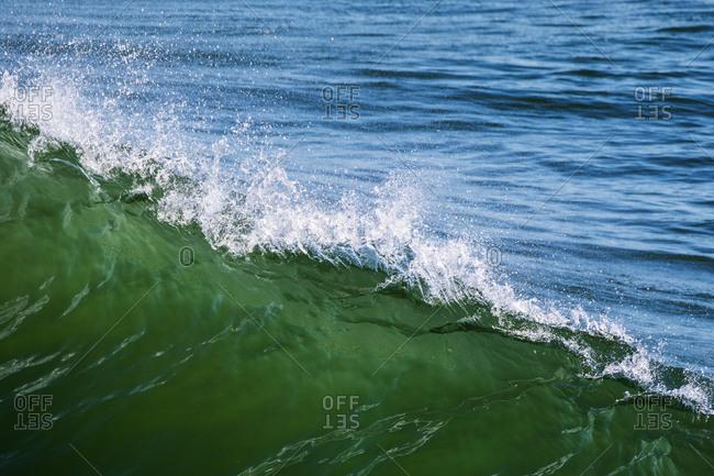 A ridge of cresting ocean water
