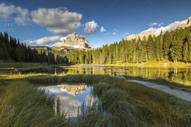 Italy, Trentino-Alto Adige, Bolzano district, South Tyrol, Alta Pusteria, Dolomiti di Sesto Natural Park, Alps, Dolomites, Tre Cime di Lavaredo (Drei Zinnen) reflected in Lake Antorno