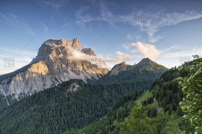 Italy, Veneto, Belluno district, Cadore, San Vito di Cadore, Alps, Dolomites, Mount Pelmo at sunset