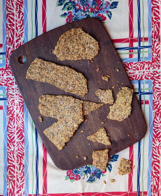 Knackebrod Med Fron (Seeded Crisp bread)