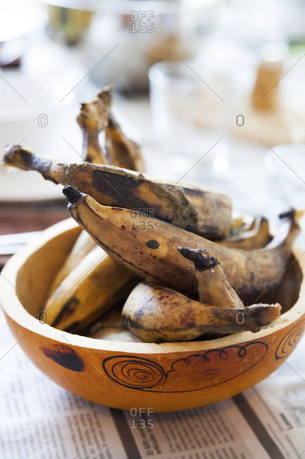 Overly ripe plantains in a bowl