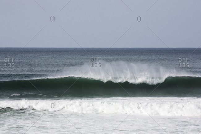 Waves moving along sea