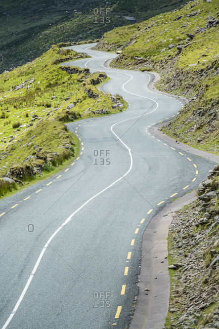 Winding road leading to the pass, Connor Pass, Dingle Peninsula, County Kerry, Munster province, Republic of Ireland, Europe