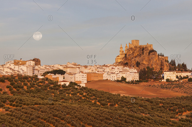 Spain, Andalusia, Olvera, Townscape with moonrise