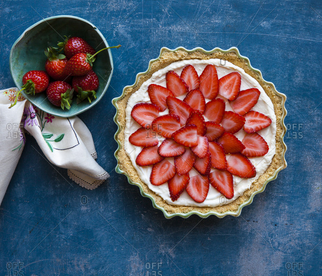 Cake with sliced strawberries