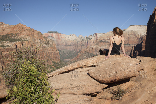 Canyon overlook girl