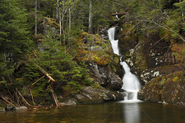 Gem Pool and waterfall in the Ammonoosuc Ravine in White Mountain National Forest, New Hampshire, USA