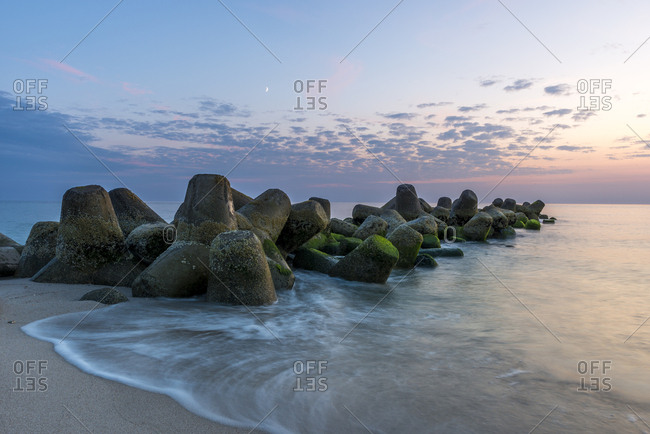 Germany- North Frisia- Sylt- Hoernum- beach with tetrapods