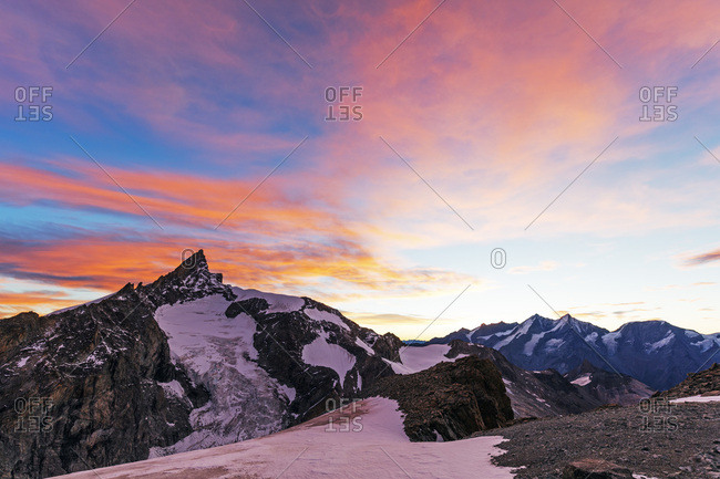 Sunrise view of Zinalrothorn, 4421m, from Ober Gabelhorn, 4063m,  Zermatt, Valais, Swiss Alps, Switzerland, Europe