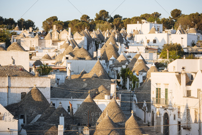 Traditional Trulli style houses in Alberobello, UNESCO World Heritage Site, Puglia, Italy, Europe