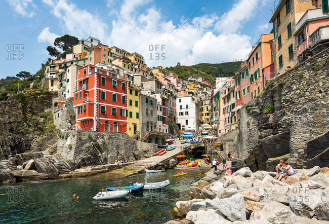 The colorful buildings and boats in Riomaggiore harbour, Cinque Terre, UNESCO World Heritage Site, Liguria, Italy, Europe